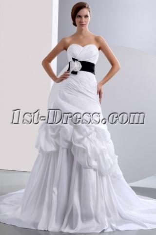 Chic Sweetheart Princess Taffeta Bridal Gown with Black Band