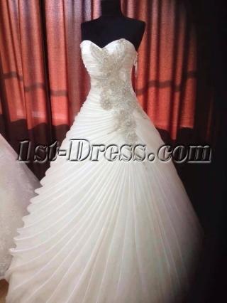 Elegant Sweetheart Princess Ball Gown Wedding Dress