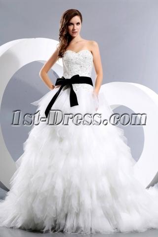 Luxurious Sweetheart Princess Wedding Dress with Black Sash