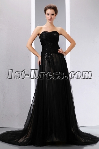 Romantic Sweetheart Black Tulle Black Wedding Dress with Train