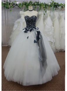 Black Lace Sweetheart Long Tulle Quinceanera Gown