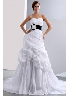 Chic Sweetheart Princess Taffeta Bridal Gown with Black Band
