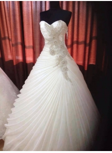 Elegant Sweetheart Princess Ball Gown Wedding Dress
