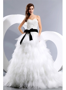 Luxurious Sweetheart Princess Wedding Dress with Black Sash
