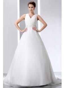 Most Stylish Celebrity Wedding Dresses of 2013 with V-neckline