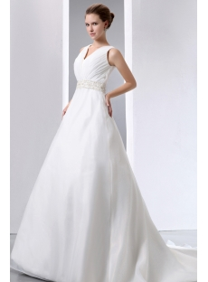 images/201401/small/Most-Stylish-Celebrity-Wedding-Dresses-of-2013-with-V-neckline-4101-s-1-1389781758.jpg