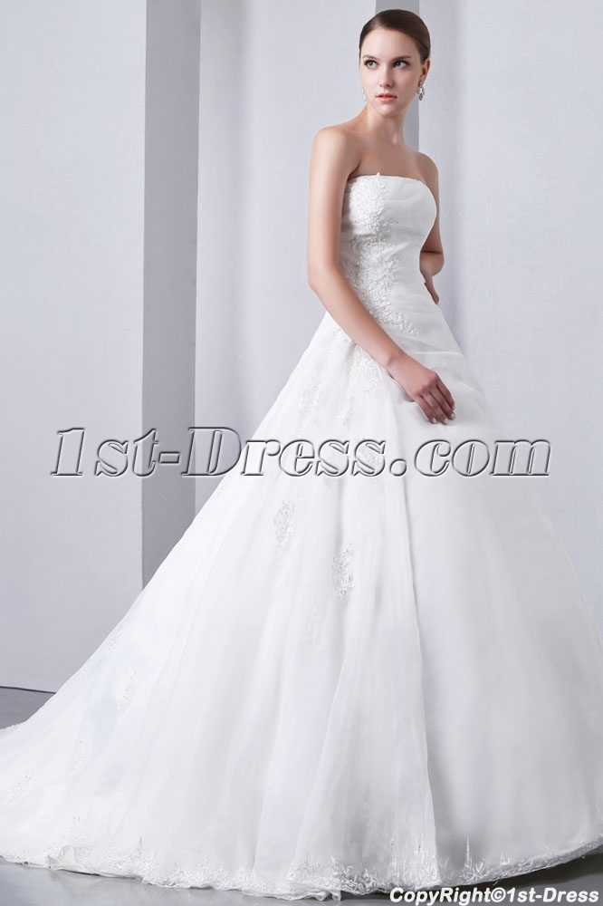 images/201401/big/A-line-princess-Strapless-Chapel-Train-Satin-Wedding-Dress-4275-b-1-1390472303.jpg