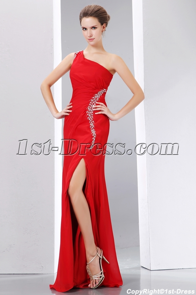 http://www.1st-dress.com/images/201401/source/Beading-Red-One-Shoulder-Prom-Celebrity-Dress-Little-A-line-Style-with-Slit-4130-b-1-1389871775.JPG