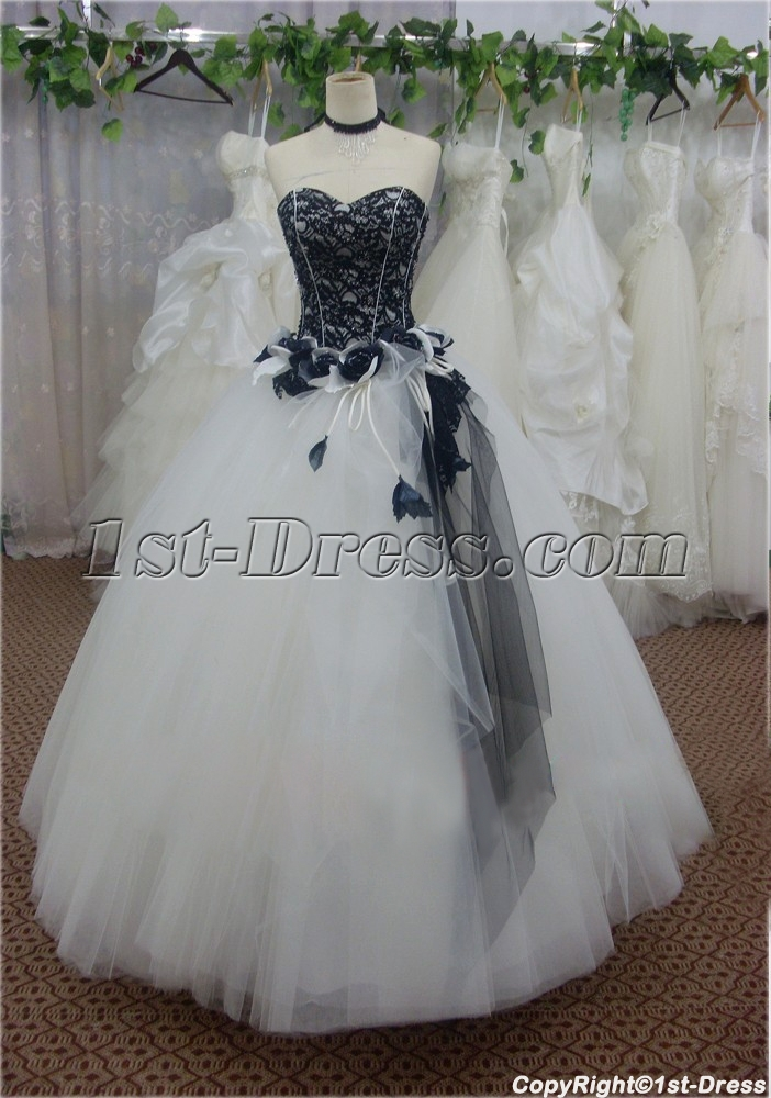 images/201401/big/Black-Lace-Sweetheart-Long-Tulle-Quinceanera-Gown-4321-b-1-1390818848.jpg