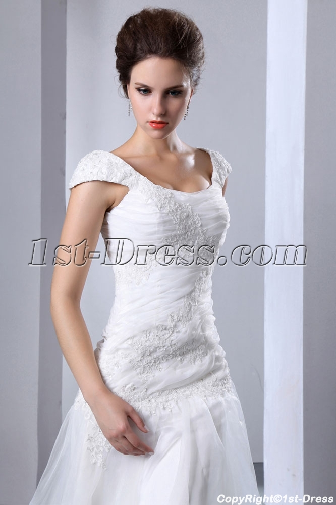 Affordable Bridal Gowns and discount wedding dresses:1st-dress.com