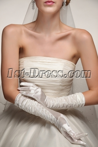 Middle Length Fingertips Ruffled Wedding Gloves