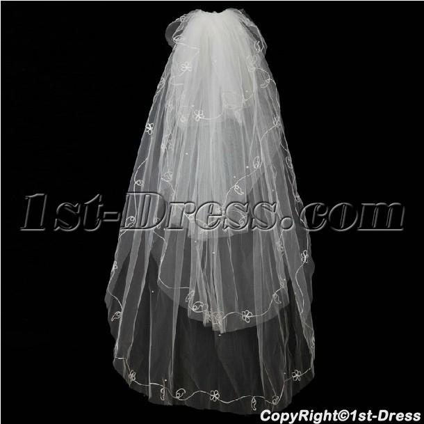 images/201402/big/Romantic-4-Layers-Wedding-Veils-4424-b-1-1391697458.jpg