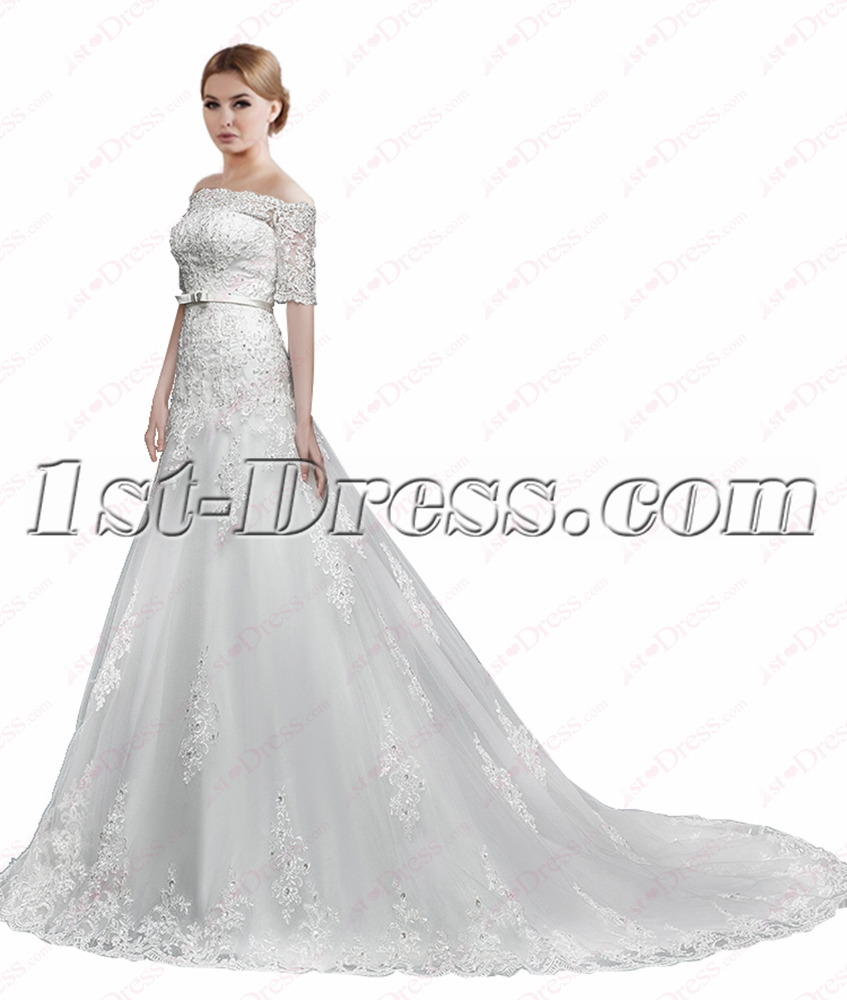 Romantic Modest Lace Wedding Dresses with Sleeves