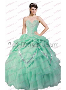 2017 Sweet Mint Green Quinceanera Gown