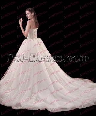 2017 Pretty Organza Ball Gown Wedding Dress